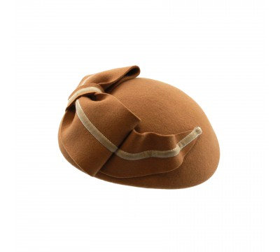 Pillbox hat - Claartje - camel